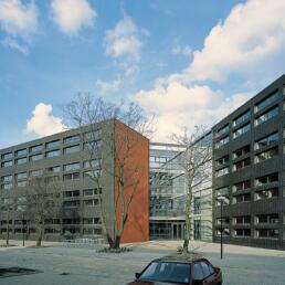 Fakultät für Wirtschaftswissenschaft der Otto-von-Guericke-Universität, Umbau und Erweiterung (Gebäude 22), Magdeburg