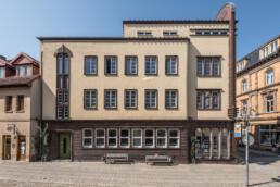 ehemalige Bibliothek, das Stadtbad und das Sparkassengebäude