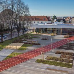 Dr. Frank Gymnasium, Freianlagen, Staßfurt