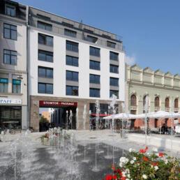 Wohn- und Geschäftshaus mit Foyer-Erweiterung Steintor-Varieté, Halle (Saale)